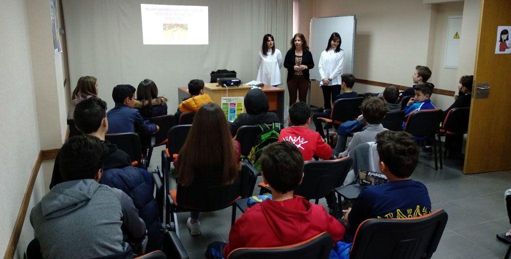 Las concejalías de Educación y Juventud promueven acciones formativas orientadas al desarrollo personal y académico de niños y jóvenes