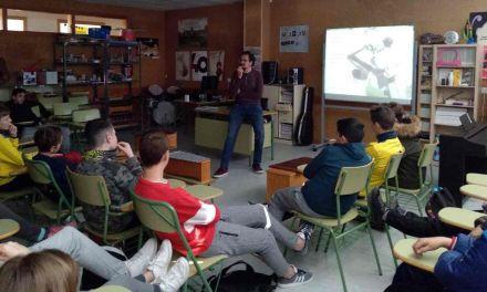 Los centros de Secundaria de Caravaca participan en talleres para prevenir la adicción al juego con apuesta