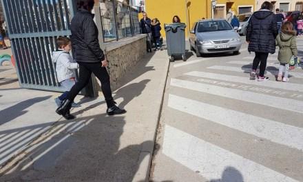 La Concejalía de Obras y Servicios de Bullas mejora las aceras del Colegio Castellar