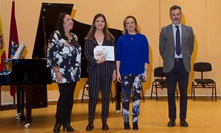 La pianista ceheginera Mari Francis Sáez, Premio Extraordinario de Enseñanzas Artísticas Superiores de la Región de Murcia