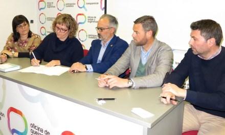 Representantes de los grupos políticos en el Ayuntamiento de Caravaca suscriben el compromiso por la participación ciudadana