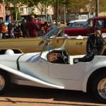 Los coches clásicos 'se lucen' en Mula