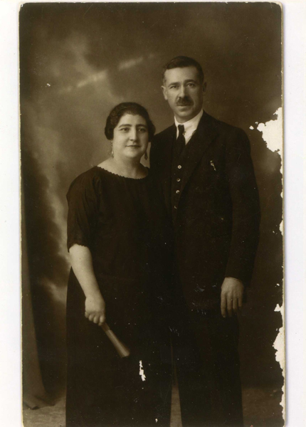 Diego Marín Navarro y su esposa Cruz Martínez Álvarez