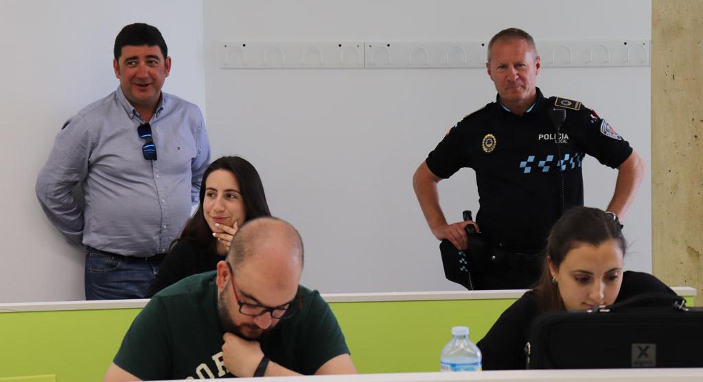 Se instalan en la Sala de Estudios Picasso pulsadores para requerimiento de presencia policial dentro de las actuaciones de mejora de la seguridad y prevención de actos vandálicos