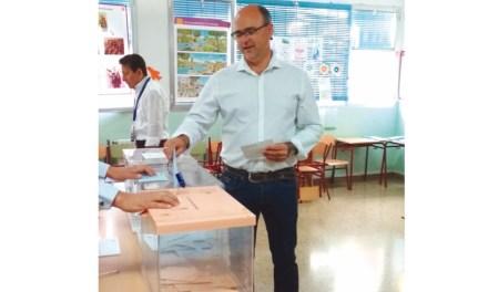 Un único voto da la victoria al PSOE en Pliego