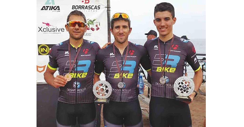 Tres corredores plegueros triunfan en el Campeonato Regional de MTB XCO