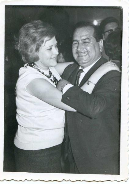 Con-su-marido-Juan-el-Nilo