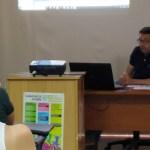 José Antonio García informa a los jóvenes caravaqueños sobre las ayudas para la creación de empresas