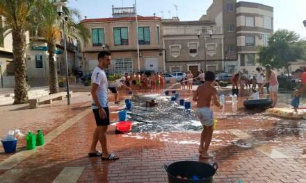 Máxima diversión en Pliego en los Juegos del Agua