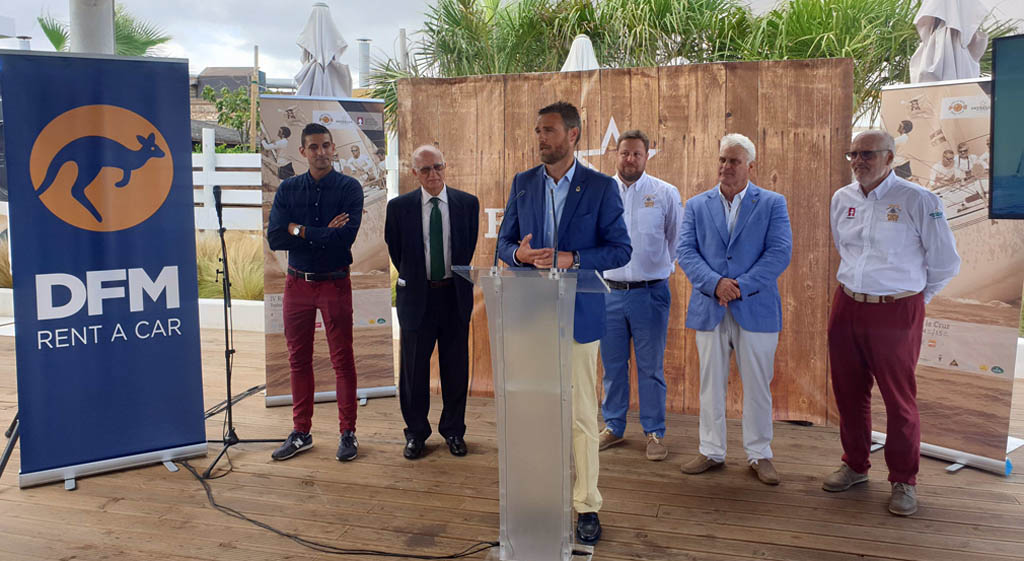 La Regata 'Camino de la Cruz-Trofeo Punta Este' reúne en su cuarta edición a 500 regatistas de Murcia y Valencia