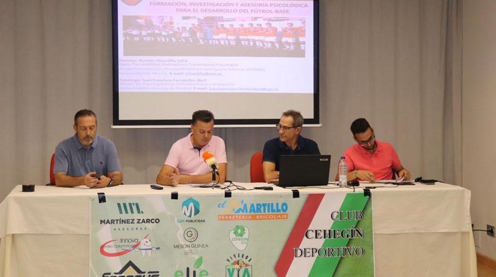 El club de futbol Cehegín Deportivo presenta su programa de psicología deportiva