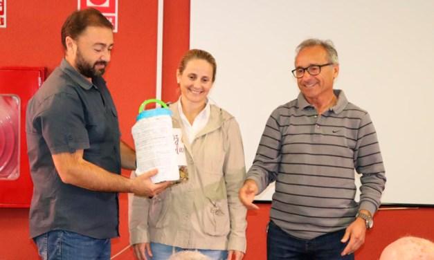 El Ayuntamiento entrega lo recaudado con el Arroz Solidario de las Fiestas Patronales a la asociación Animay