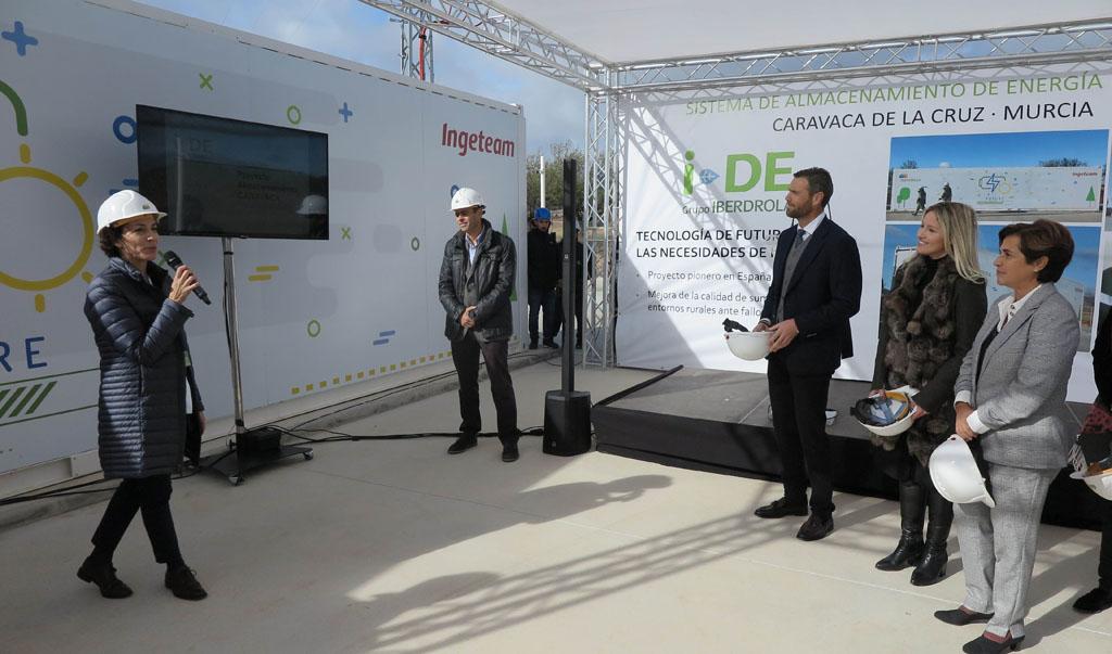 Iberdrola pone en marcha en Caravaca el primer sistema de almacenamiento con baterías para redes de España