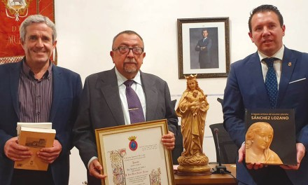 El imaginero del Pilar de la Horadada José Sánchez Lozano,  nombrado Hijo Predilecto de la Ciudad de Mula a título póstumo