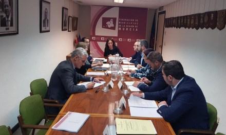 La Federación de Municipios se marca el plazo de un año para desarrollar junto al Gobierno regional una Ley de Financiación Local