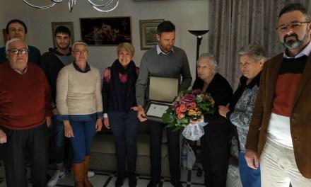 Servicios Sociales reconoce el papel de los mayores en la sociedad caravaqueña y homenajea a los vecinos que cumplen 100 años