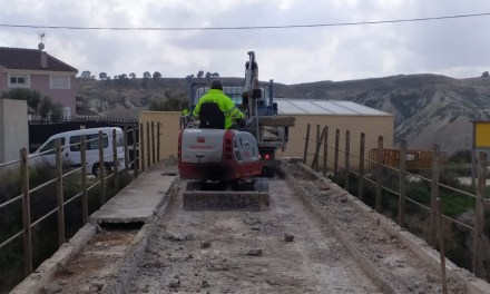 El Ayuntamiento inicia las obras de reparación del puente de Los Rodeos sobre la Vía Verde