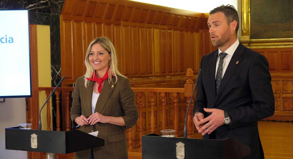 El Consejo de Gobierno de la Región de Murcia se desplaza a Caravaca para abordar proyectos estratégicos del municipio y dar su apoyo a la candidatura UNESCO de los Caballos del Vino