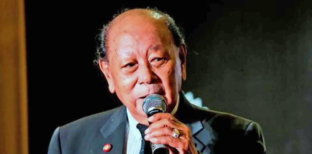 Adiós al defenestrado y encumbrado cantante Suthep Wongkamhaeng