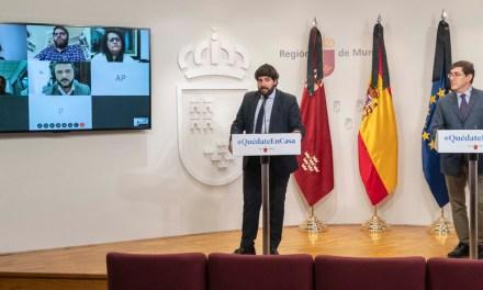 """López Miras pide al Gobierno central el """"cierre total del cinturón de las grandes ciudades para evitar salidas vacacionales a la costa"""""""