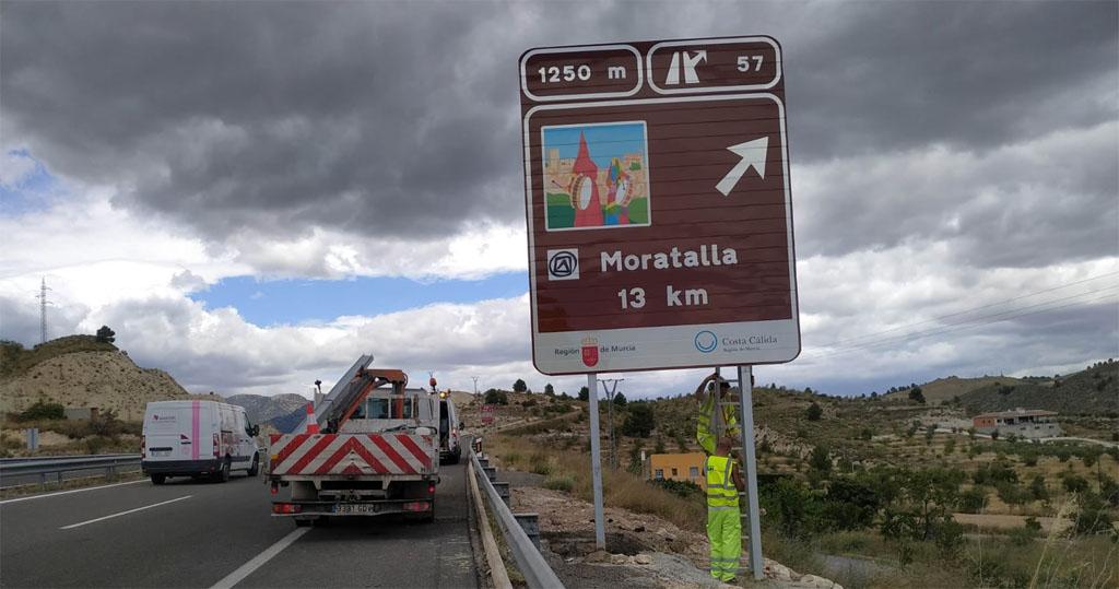 La autovía autonómica del Noroeste cuenta, desde hoy, con una nueva señalética indicando el destino 'Moratalla'