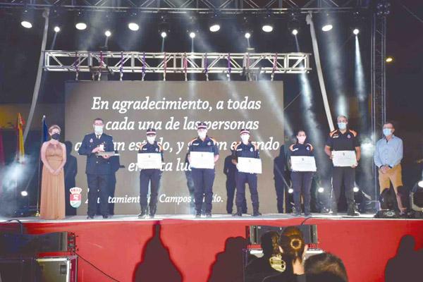 Homenaje de Campos del Río a todos aquellos que han luchado contra la pandemia