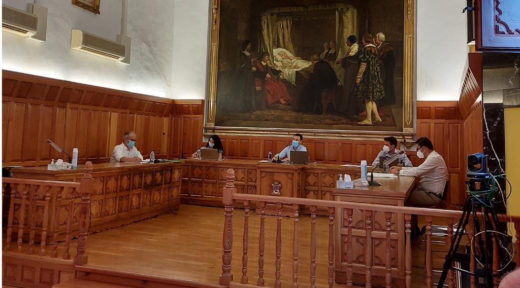 El Grupo Municipal Socialista no apoya en el pleno el acuerdo llegado con el Ministerio de Hacienda.