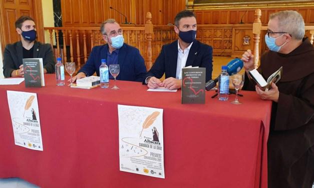 El Ayuntamiento de Caravaca edita el libro 'Los contornos de la tierra', obra ganadora del último Premio de Poesía Mística San Juan de la Cruz