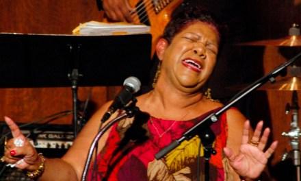 La excelente vocalista Kim Massie fallece con unos jóvenes 63 años