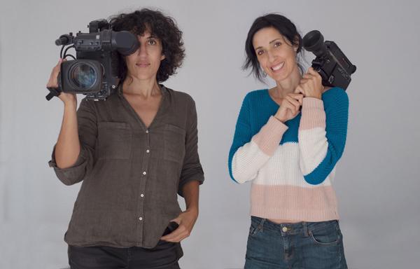 Nuria (izquierda) y Eva Libertad - Foto 'El Noroeste'