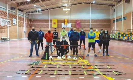 La Agrupación de Cazadores de Albudeite dona material deportivo al nuevo equipo Alamico Fútbol Sala