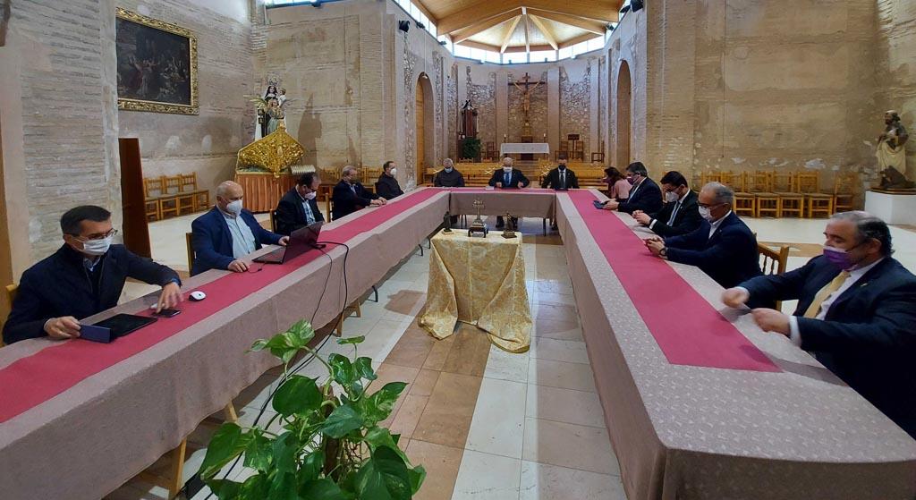 La sesión constitutiva del patronato de la Fundación del Conde de Santa Ana de las Torres marca el objetivo de crear un centro cultural de espiritualidad en la reformada Casa de San Juan de la Cruz