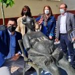 El Ayuntamiento de Caravaca saca a la calle esculturas de Carrilero para conmemorar el 'Día Internacional de los Museos' y acercar el arte a los ciudadanos
