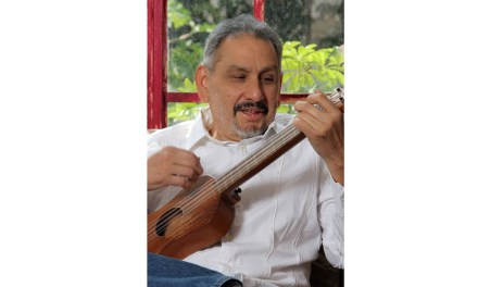 Un cáncer se lleva al cantante mexicano Roberto González