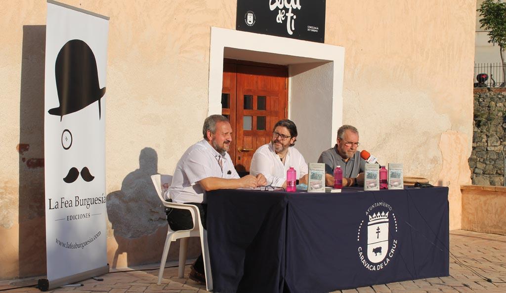 La Fea Burguesía presenta la novela «Charnego» de Miguel Sánchez en el Museo de la Fiesta de Caravaca