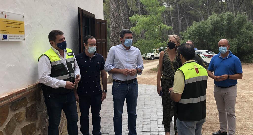 El Parque Regional de Sierra Espuña estrena una nueva base forestal para mejorar la prevención de incendios