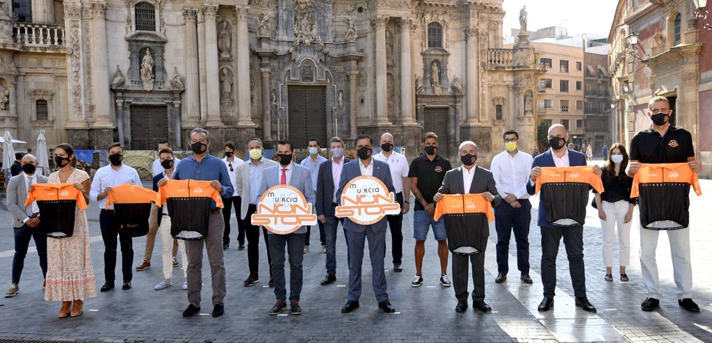 La nueva aventura ciclista 'Non-Stop Madrid-Murcia' pasará por Caravaca aprovechando parte del trazado del Camino de la Cruz