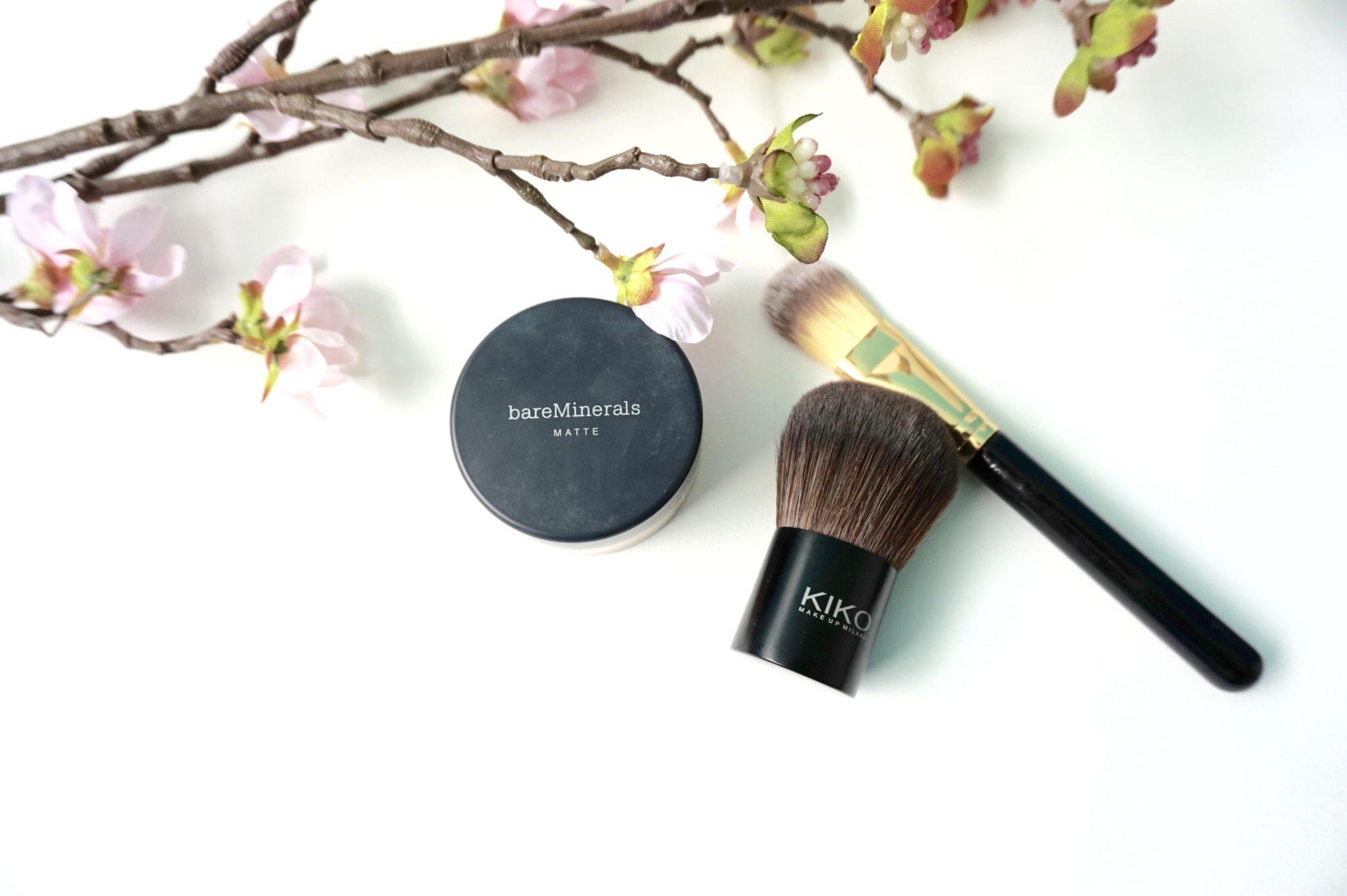 TUTO Maquillage : Appliquer un fond de teint poudre