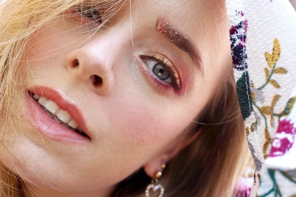 Maquillage yeux avec Ppanam