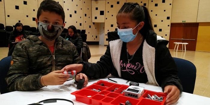 Uniminuto y CACTI llevan el Robot Lego  Mindstorms Ev3 a las comunidades de Cajicá