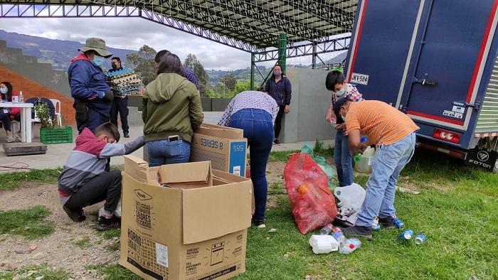 Durante EcoTrueque, recogen tres toneladas de material reciclable en Cogua