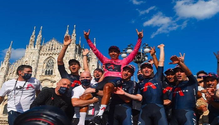Egan Bernal se prepara para el Giro de Lombardia, su última carrera del 2021