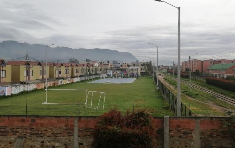Cajicá: Solicitan construcción de malla de seguridad en cancha del barrio La Estación