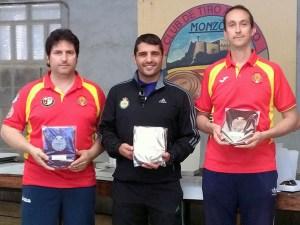 Villamañan a la izda junto al campeón y tercer clasificado / Foto: CT Loreto