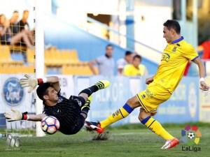 Sergio Herrera ha sido el mejor de la SD Huesca / Foto: Lfp