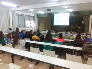 Imagen durante una charla / Foto: Club Oscanicross