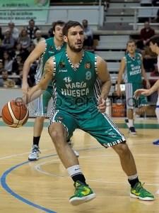 Jure Gunjina en un partido en el palacio de los deportes de Huesca / Foto: C.Pascual