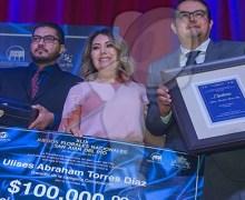 Entregan reconocimiento a ganadores de los XLIX Juegos Florales