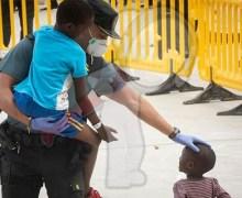 Trump pretende encerrar a menores inmigrantes de forma indefinida