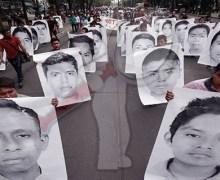 Pide AMLO ayuda a ciudadanos para esclarecer caso Ayotzinapa